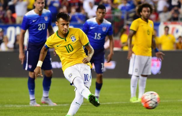 El Argentina-Brasil, suspendido por la lluvia, se jugará la próxima madrugada / Getty Images.
