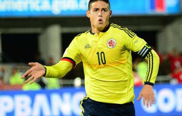 James Rodríguez frena a Chile y Ecuador es líder en solitario / AFP.