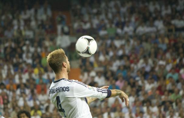 El remate de cabeza puede afectar a los procesos cognitivos del cerebro de los futbolistas