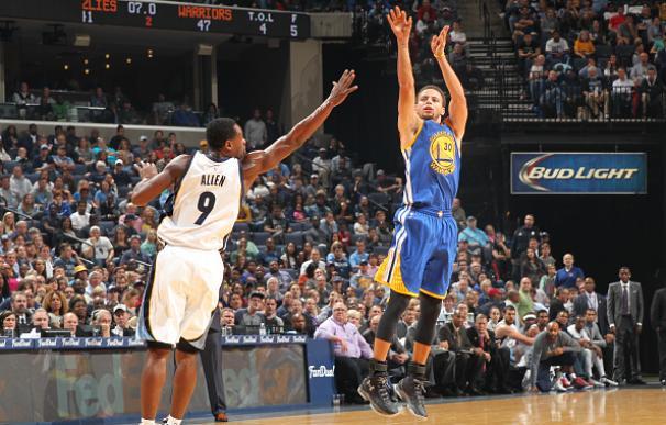 Stephen Curry, el jugador más en forma de la NBA. / AFP