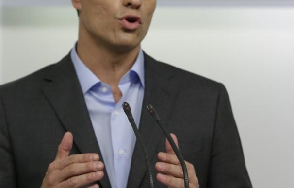 Pedro Sánchez dice que los militantes decidirán su futuro al frente del PSOE si los españoles le sitúan en la oposición
