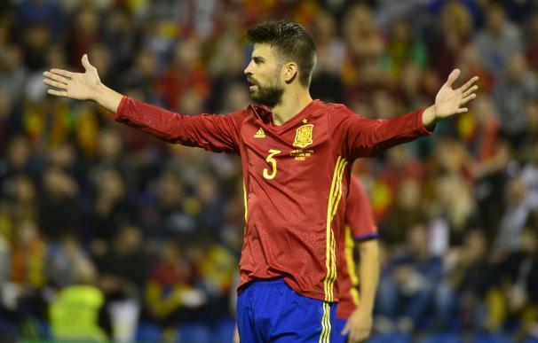 Gerard Piqué, pitado en el España - Inglaterra / AFP
