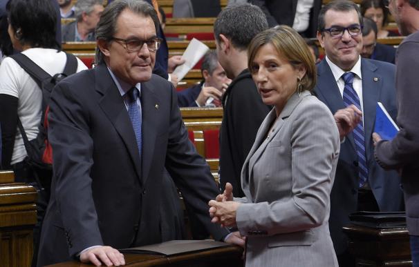 Mas, con la presidenta del Parlament, Carme Forcadell.