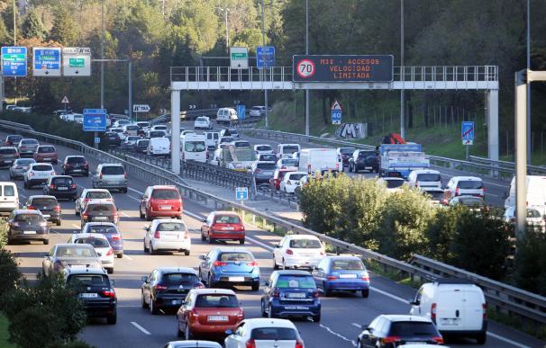 A 70 km/h por la M-30 y los accesos a Madrid
