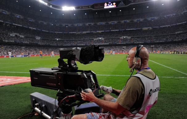 Fútbol los sábados a las 13:00h, la nueva medida de la Liga / Getty Images.