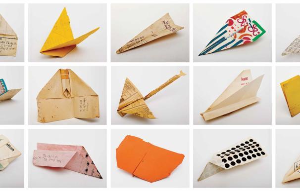Pequeña muestra de la colección de los aviones que encontró Smith