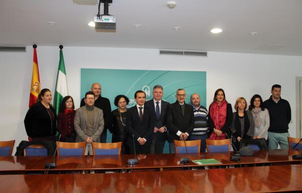 La Junta entrega 2,3 millones a nueve entidades para proyectos de empleo de Andalucía Orienta