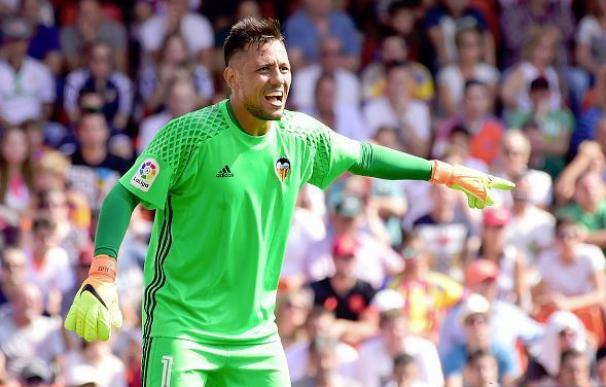 Diego Alves detiene su 20º penalti en La Liga y agranda su leyenda en los 11 metros