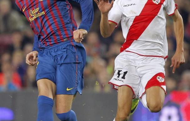"""Piqué ve su quinta amarilla por """"retrasar la reanudación del juego"""", según el acta"""