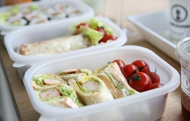 El Plan de Residuos instará a los hosteleros a entregar a la clientela la comida sobrante en envases