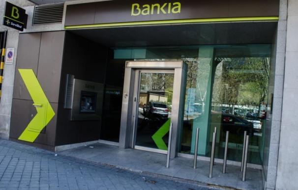 Analistas ven positiva la fusión de Bankia y BMN y sitúan su precio objetivo por encima de 4,7 euros