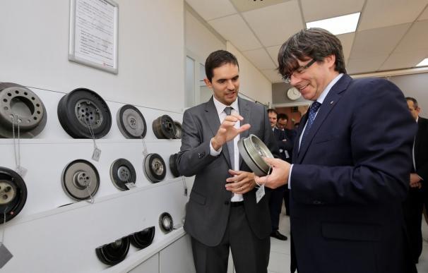 Puigdemont cree que la Mesa del Congreso podría habilitar su comparecencia como él pide