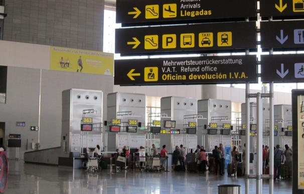 El aeropuerto de Málaga prevé operar 1.853 vuelos hasta el lunes y superar los 300.000 pasajeros