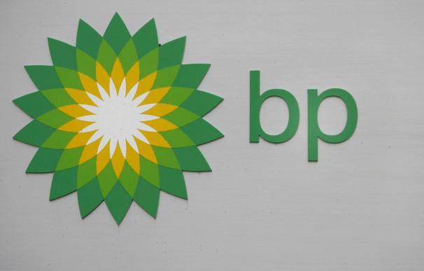 BP paga una multa por no destinar fondos para los gastos de limpieza de residuos