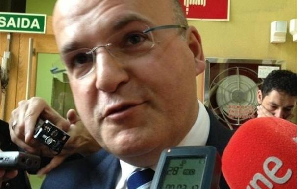 (AM) La oposición reprueba y pide la dimisión de Baltar, que planta el pleno junto con el resto de diputados del PP