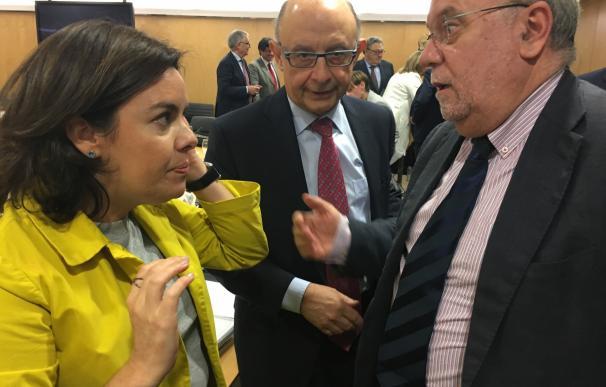 Sota reclama la deuda del Estado con Cantabria y exige que se paguen los ingresos pendientes