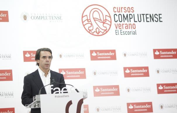 """Aznar aconseja a Rajoy buscar una cooperación """"más estrecha"""" que su pacto con Cs ante el """"abandono"""" de las reformas"""
