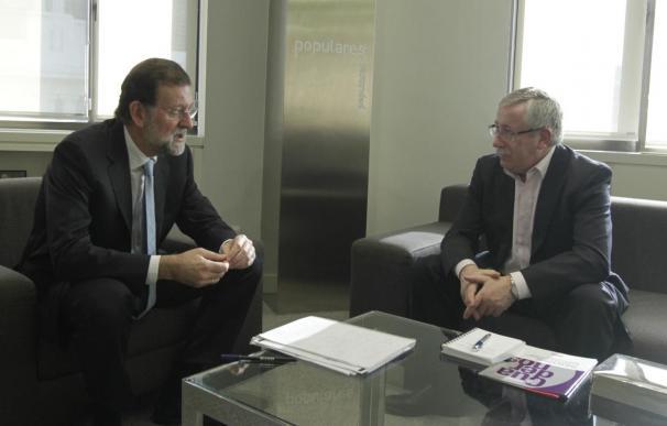 Rajoy a los agentes sociales un acuerdo después de Reyes