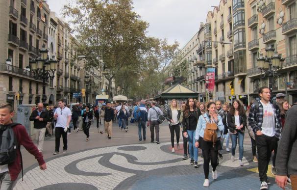 Catalunya lidera la llegada de turistas extranjeros hasta mayo con 6,6 millones, un 10,5% más
