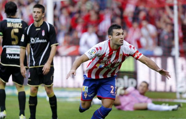 2-0. Primera victoria del Sporting a costa de un inoperante Granada
