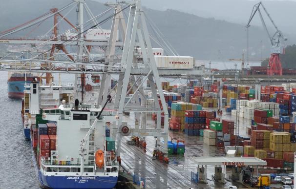 El Puerto de Vigo advierte de acumulación de descargas si continúa la huelga de la estiba