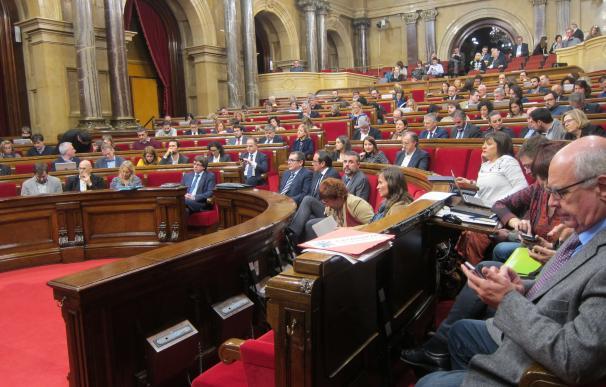 La oposición critica la ley de acompañamiento de los Presupuestos del Govern