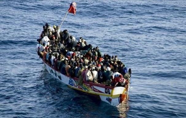 Llega una patera con unos 50 inmigrantes a Gran Canaria