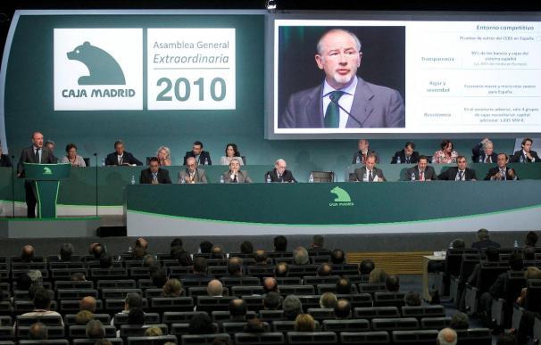 Caja Madrid elige a sus once consejeros para el banco que le une con Bancaja