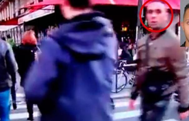 La sonrisa del terrorista más buscado antes de la masacre en París