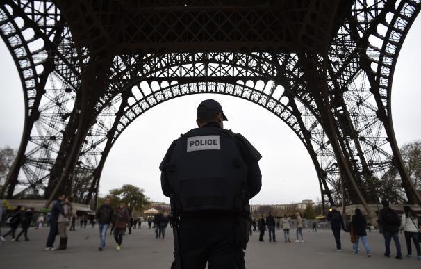 La Policía está buscando a un nuevo sospechoso implicado directamente en los atentados