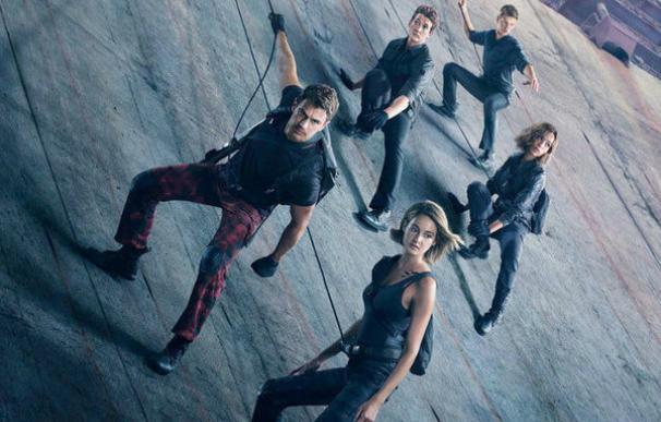 Póster oficial de 'La serie Divergente: Leal'