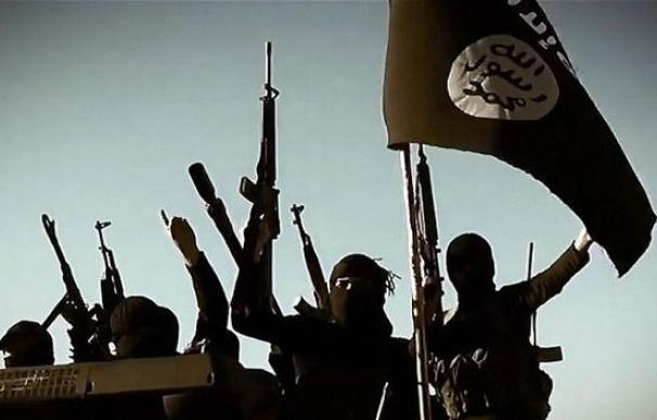 EI avisa: los países que bombardean Siria tendrán la misma suerte que Francia