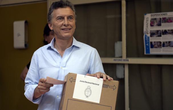 Mauricio Macri ha votado en las afueras de Buenos Aires / AFP
