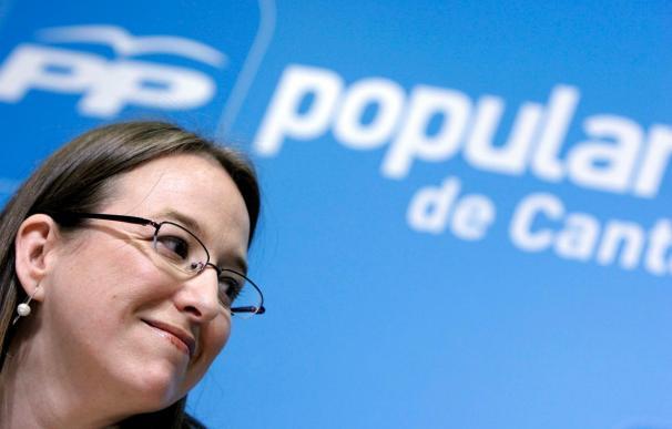 Leticia Díaz toma posesión de su escaño en sustitución de Bárcenas