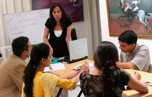 Un dúo de emprendedoras abre una escuela de español en Pakistán