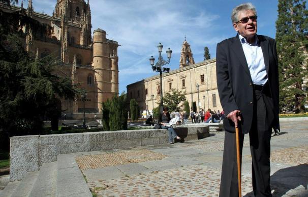 El Premio Cervantes José Emilio Pacheco se arrepiente de muchos de sus poemas
