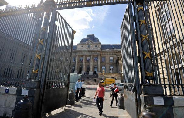 La Justicia francesa envía a prisión provisional al ex gobernante panameño Noriega
