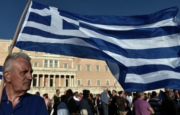 El BCE reduce el techo de crédito de emergencia a la banca de Grecia