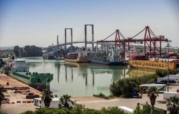 El puerto de Sevilla aumenta su cifra de negocio un 4% en el año 2016