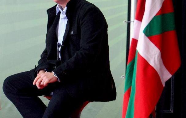 """Urkullu critica la ausencia del Gobierno Vasco y """"sus socios"""" en el acto de Egunkaria"""