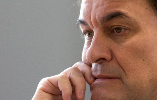 "Mas aspira a atraer a votantes catalanistas del PSC ""hartos"" del tripartito"