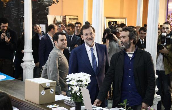 Rajoy propone bonificaciones del 100% para jóvenes y mujeres el primer año de contrato