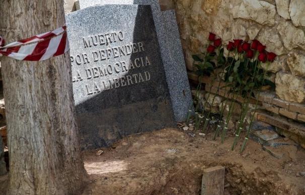 Confirman que uno de los cuerpos exhumados en el cementerio de Guadalajara es el de Timoteo Mendieta, según ARMH