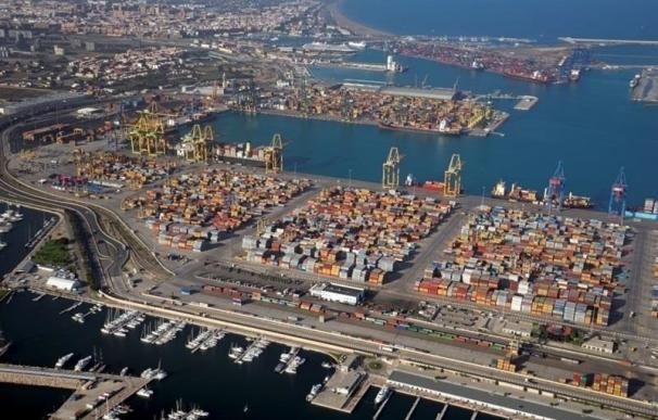 (Ampl.) Fomento cifra en 36 millones las pérdidas del paro de la estiba en los puertos