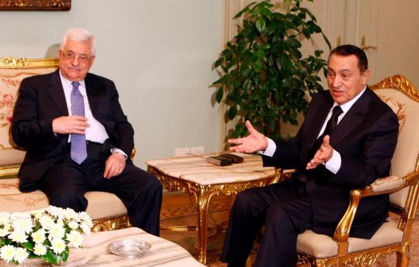 Mubarak y Abás hablan sobre la reanudación del diálogo palestino-israelí