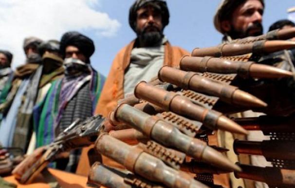 Talibanes matan a ocho de sus civiles
