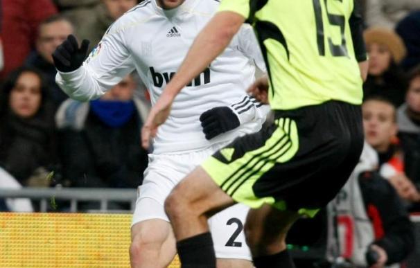 El Real Madrid apura en Zaragoza sus opciones de ganar la Liga
