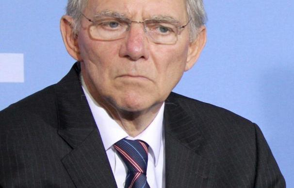 Schäuble descarta la renegociación de la deuda griega y es optimista ante la crisis