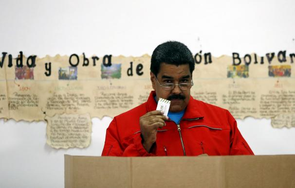 Maduro dice que se están investigando cerca de 1,5 millones de votos nulos