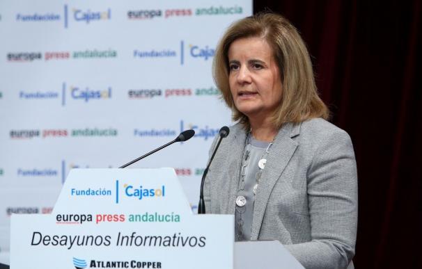 Báñez dice que subirá el Salario Mínimo Interprofesional consultando con los interlocutores sociales para final de año